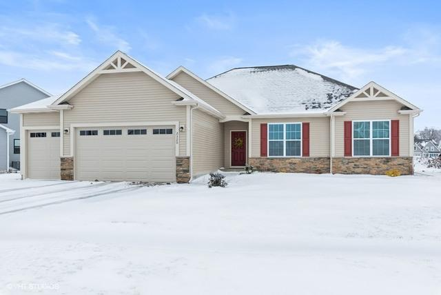 2320 Coventry Circle S, Sycamore, IL 60178 (MLS #10272015) :: Baz Realty Network | Keller Williams Preferred Realty