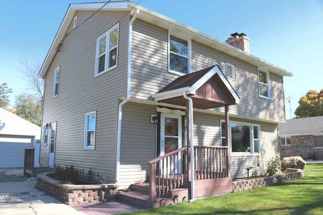 112 E Tyler Street, Oswego, IL 60543 (MLS #10272269) :: The Dena Furlow Team - Keller Williams Realty