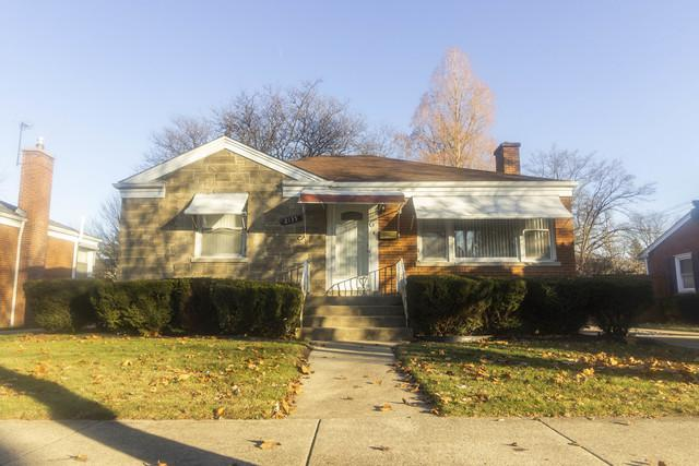 2135 Hull Avenue, Westchester, IL 60154 (MLS #10272276) :: Baz Realty Network | Keller Williams Preferred Realty