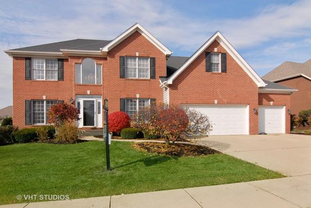 2670 Ginger Woods Drive, Aurora, IL 60502 (MLS #10272469) :: Century 21 Affiliated