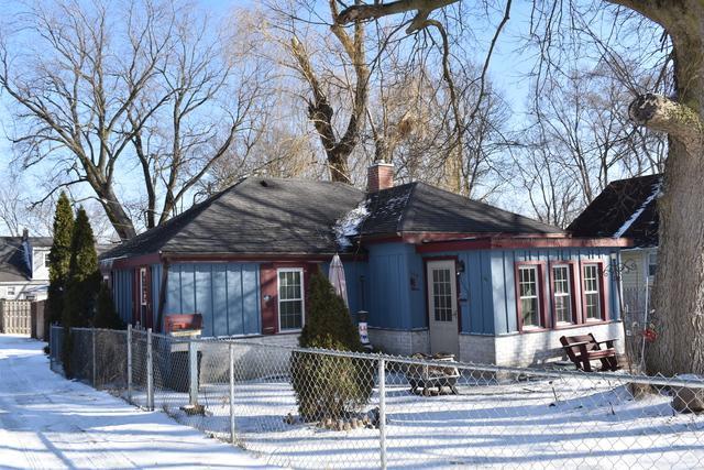 104 Anderson Avenue, Joliet, IL 60433 (MLS #10272609) :: The Dena Furlow Team - Keller Williams Realty