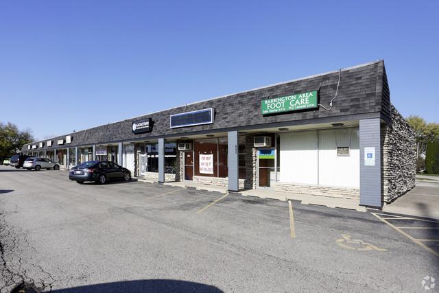630 Northwest Highway, Barrington, IL 60010 (MLS #10272703) :: The Dena Furlow Team - Keller Williams Realty