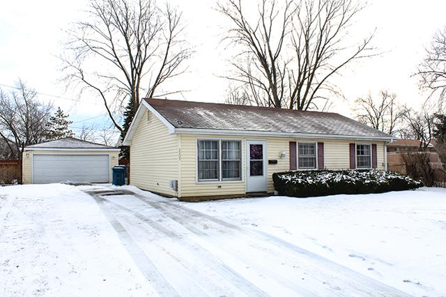 2203 Burr Oak Street, Hanover Park, IL 60133 (MLS #10272737) :: Baz Realty Network | Keller Williams Preferred Realty