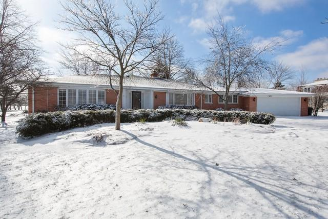 152 Post Road, Burr Ridge, IL 60527 (MLS #10272911) :: The Wexler Group at Keller Williams Preferred Realty