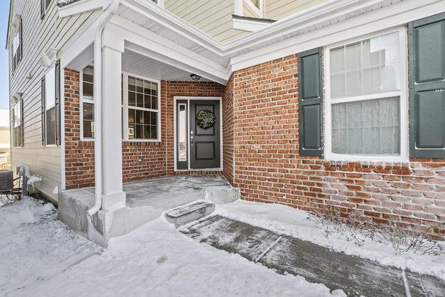 1244 Falcon Ridge Drive, Elgin, IL 60124 (MLS #10272970) :: Ryan Dallas Real Estate