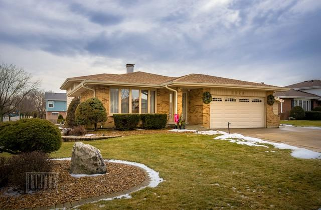 3373 Brewer Road, Darien, IL 60561 (MLS #10273261) :: Baz Realty Network | Keller Williams Preferred Realty