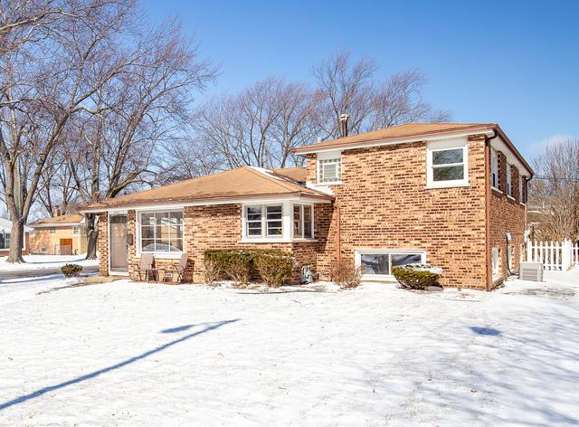 4940 W 106th Place, Oak Lawn, IL 60453 (MLS #10273305) :: The Wexler Group at Keller Williams Preferred Realty