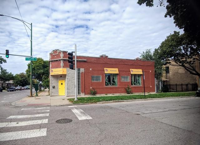 5100 Foster Avenue, Chicago, IL 60630 (MLS #10273307) :: Baz Realty Network | Keller Williams Preferred Realty