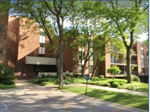 3505 Lakeview Drive #204, Hazel Crest, IL 60429 (MLS #10273317) :: Baz Realty Network | Keller Williams Preferred Realty