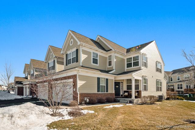 1194 Falcon Ridge Drive, Elgin, IL 60124 (MLS #10273320) :: Ryan Dallas Real Estate