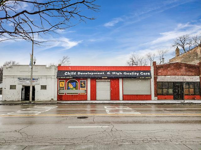 3904 Chicago Avenue, Chicago, IL 60651 (MLS #10273346) :: The Mattz Mega Group