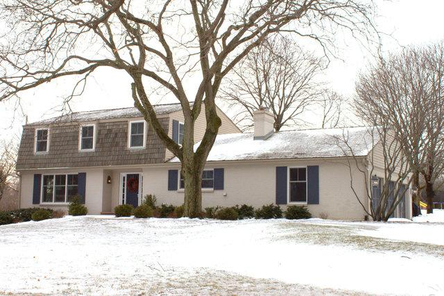 77 Watergate Drive, South Barrington, IL 60010 (MLS #10273384) :: Ryan Dallas Real Estate
