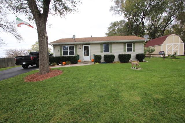7710 E Sunset Drive, Wonder Lake, IL 60097 (MLS #10273403) :: Baz Realty Network | Keller Williams Preferred Realty