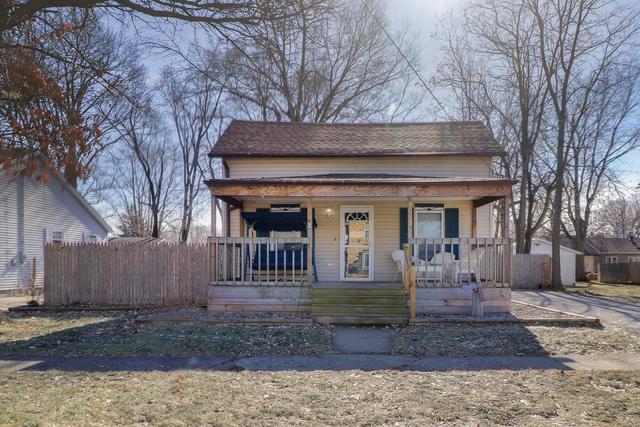 1002 E Washington Street, CLINTON, IL 61727 (MLS #10273494) :: The Dena Furlow Team - Keller Williams Realty