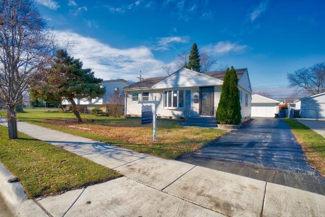 2382 S Scott Street, Des Plaines, IL 60018 (MLS #10273633) :: Baz Realty Network | Keller Williams Preferred Realty