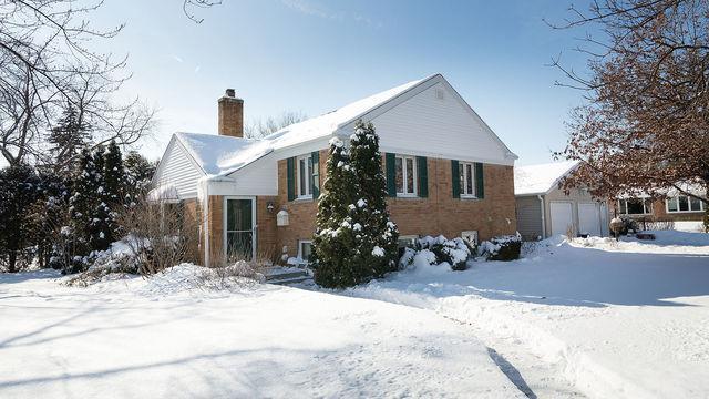 940 Echo Lane, Glenview, IL 60025 (MLS #10274065) :: Ryan Dallas Real Estate