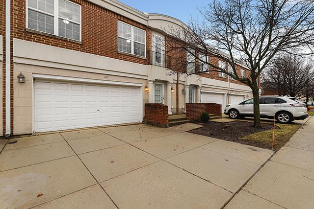 401 Town Place Circle, Buffalo Grove, IL 60089 (MLS #10274242) :: Baz Realty Network | Keller Williams Preferred Realty