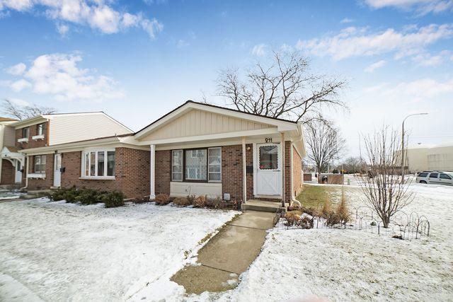 211 Jefferson Lane, Wood Dale, IL 60191 (MLS #10274350) :: Leigh Marcus | @properties