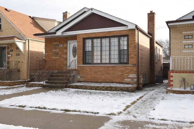 4811 S Leamington Avenue, Chicago, IL 60638 (MLS #10274527) :: The Dena Furlow Team - Keller Williams Realty