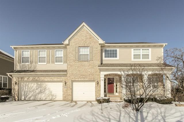 1446 Normandy Court, Elk Grove Village, IL 60007 (MLS #10274558) :: Helen Oliveri Real Estate
