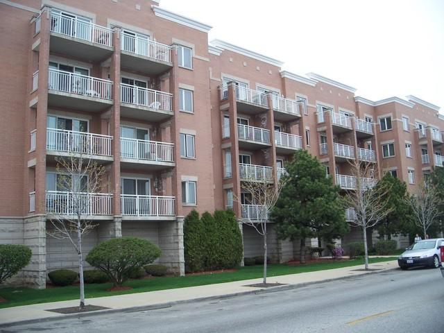 3258 N Harlem Avenue #403, Chicago, IL 60634 (MLS #10274648) :: The Mattz Mega Group