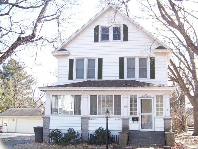 223 E Fremont Street, BEMENT, IL 61813 (MLS #10274806) :: Baz Realty Network | Keller Williams Preferred Realty