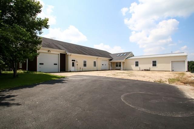 16556A County Line Road, Capron, IL 61012 (MLS #10274840) :: The Dena Furlow Team - Keller Williams Realty