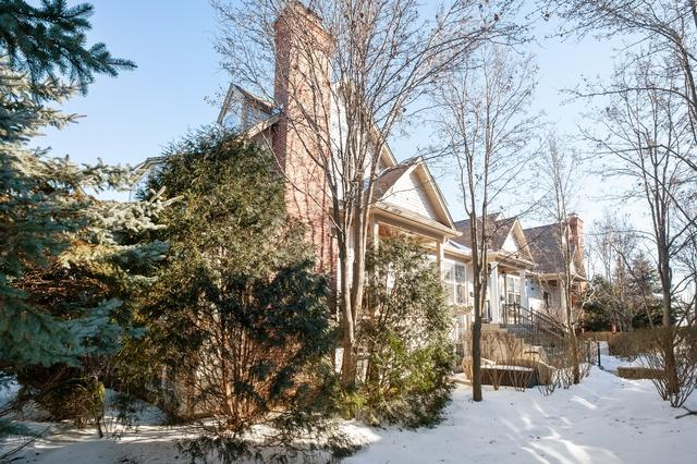 227 5th Street, Libertyville, IL 60048 (MLS #10274889) :: Helen Oliveri Real Estate