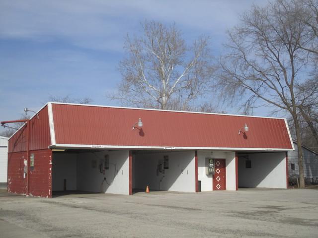 112 Pinzon Street, Tuscola, IL 61953 (MLS #10275426) :: Ryan Dallas Real Estate