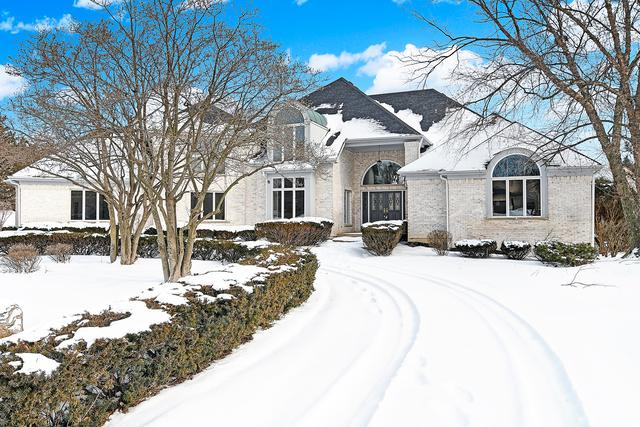 6400 Hillcrest Drive, Burr Ridge, IL 60527 (MLS #10275583) :: Baz Realty Network | Keller Williams Preferred Realty