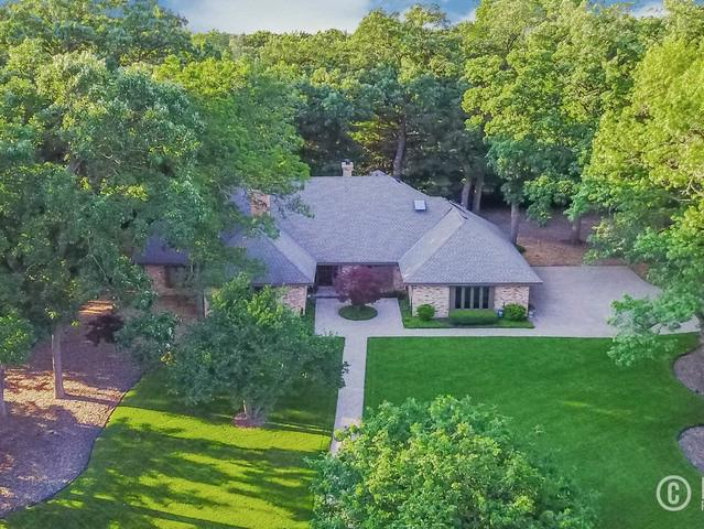 220 N Beaumont Lane, Barrington, IL 60010 (MLS #10275635) :: The Mattz Mega Group