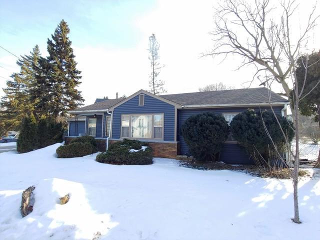 755 Wing Street, Elgin, IL 60123 (MLS #10275745) :: The Mattz Mega Group