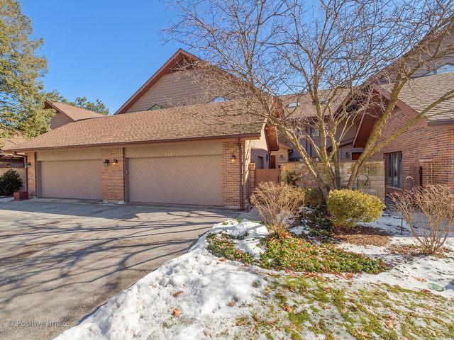 1435 Fox Lane, Hinsdale, IL 60521 (MLS #10275780) :: Helen Oliveri Real Estate
