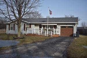 102 S 3RD Street, TOLONO, IL 61880 (MLS #10275795) :: Littlefield Group