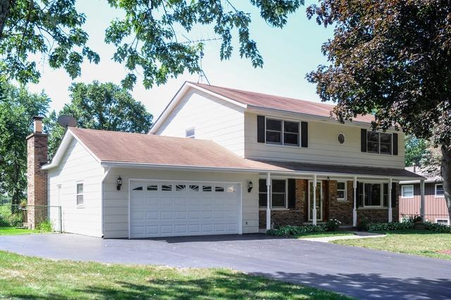 15033 W Redwood Lane, Libertyville, IL 60048 (MLS #10276402) :: Helen Oliveri Real Estate