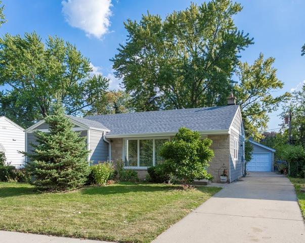 933 E Algonquin Road, Des Plaines, IL 60016 (MLS #10276632) :: Helen Oliveri Real Estate