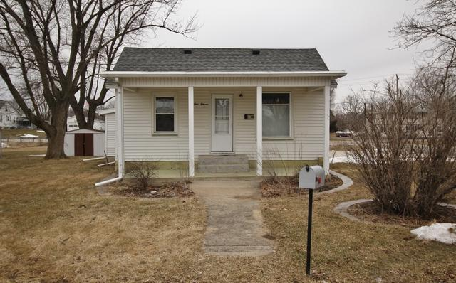 111 N Church Street, ROANOKE, IL 61561 (MLS #10276654) :: Baz Realty Network | Keller Williams Preferred Realty