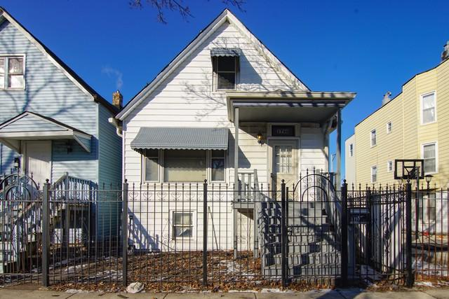 1740 N Keating Avenue, Chicago, IL 60639 (MLS #10276906) :: The Mattz Mega Group