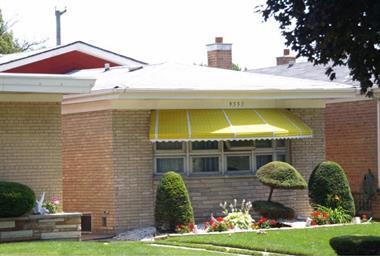 9551 S Michigan Avenue, Chicago, IL 60628 (MLS #10276907) :: The Mattz Mega Group
