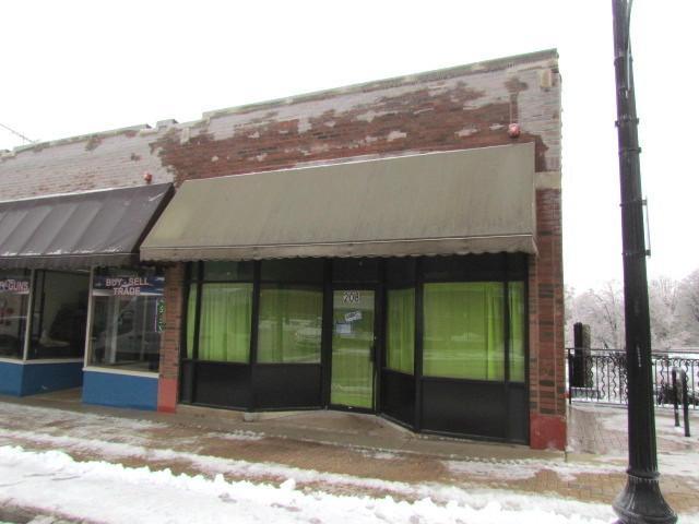 212 Main Street #12, West Chicago, IL 60185 (MLS #10277010) :: The Mattz Mega Group