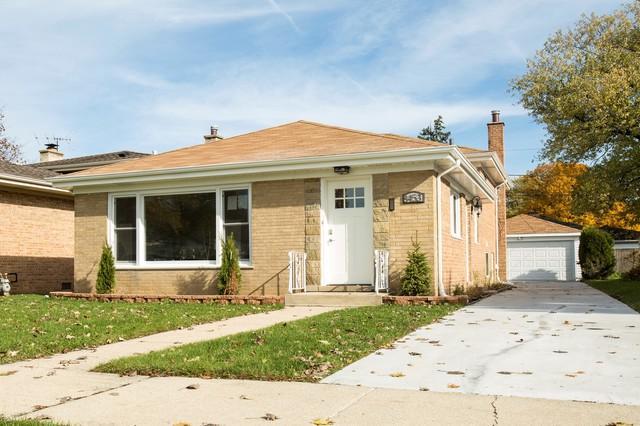 8453 N Ottawa Avenue, Niles, IL 60714 (MLS #10277133) :: Helen Oliveri Real Estate