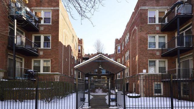 1657 W Pratt Boulevard 3A, Chicago, IL 60626 (MLS #10277267) :: The Mattz Mega Group