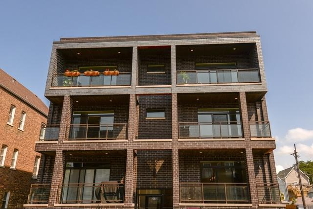 3620 W Diversey Avenue 2B, Chicago, IL 60647 (MLS #10277772) :: Domain Realty