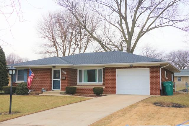 1717 Avalon Avenue, Joliet, IL 60435 (MLS #10279285) :: The Dena Furlow Team - Keller Williams Realty