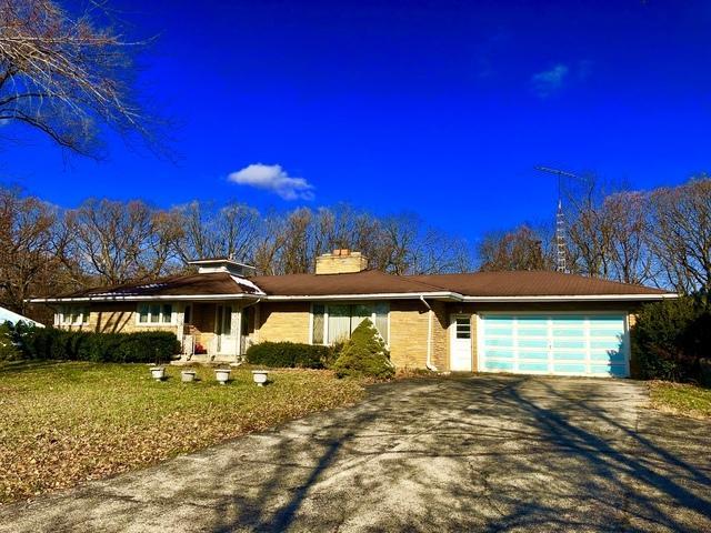 2563 N 3653rd Road, Sheridan, IL 60551 (MLS #10279542) :: The Dena Furlow Team - Keller Williams Realty