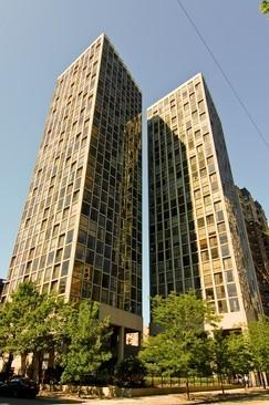 345 W Fullerton Avenue #2105, Chicago, IL 60614 (MLS #10280065) :: Domain Realty