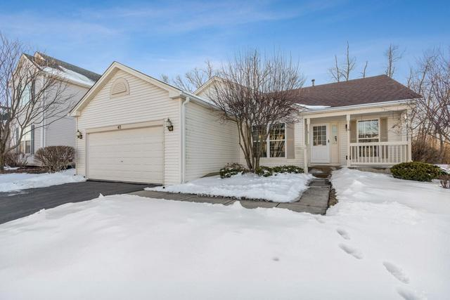 42 N Waterford Drive, Round Lake, IL 60073 (MLS #10280598) :: Berkshire Hathaway HomeServices Snyder Real Estate