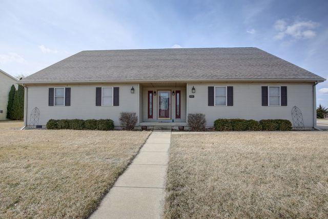 613 Winston Drive, ST. JOSEPH, IL 61873 (MLS #10281604) :: Ryan Dallas Real Estate