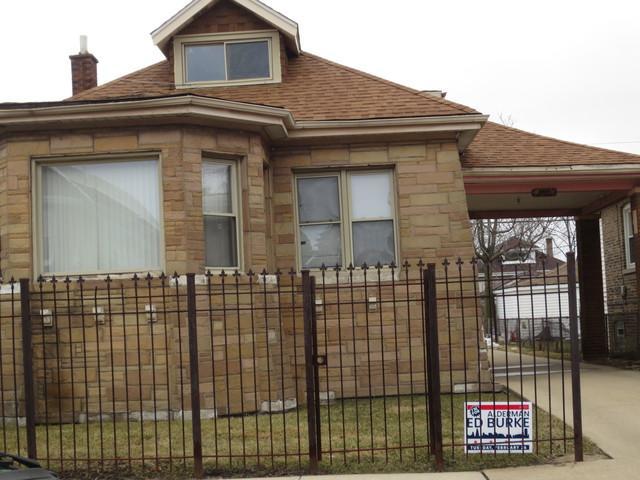 5641 S Whipple Street, Chicago, IL 60629 (MLS #10281955) :: The Dena Furlow Team - Keller Williams Realty