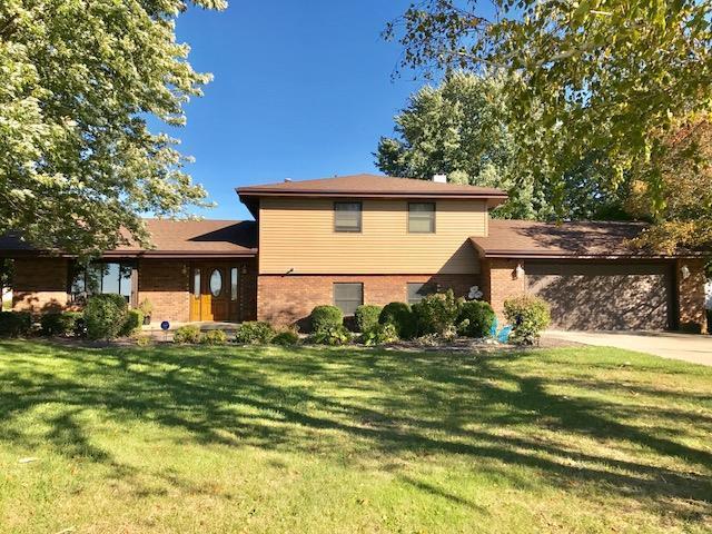 1102 S Countryside Lane, Pontiac, IL 61764 (MLS #10282682) :: HomesForSale123.com